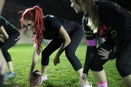 Seniors Victorious in Low-Scoring Powder Puff Game