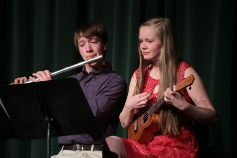 Review: Annual One Acts Join Coffee House to Showcase Talent