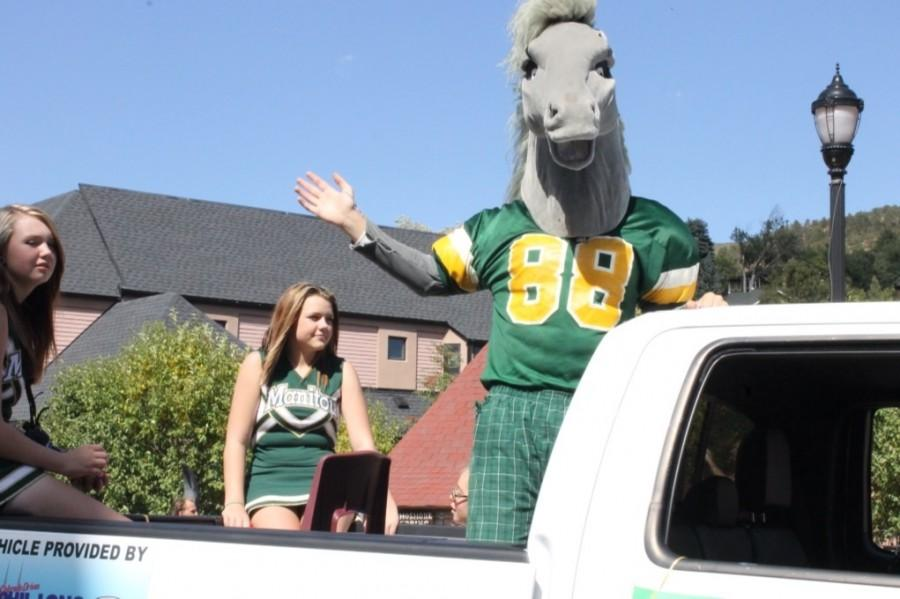 Manny the Mustang always shows up to make kids smile!