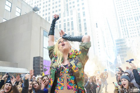 Editorial: Free Kesha from Sony Productions