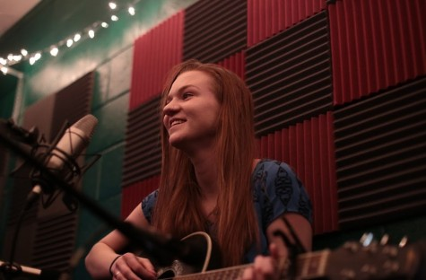 Sound Nook Sessions: Emma Abendroth Performs Genres from Rap to Indie