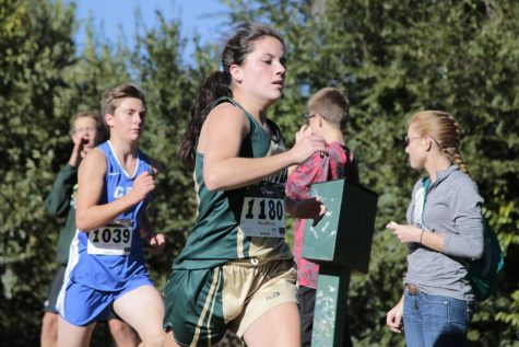 Girls' Cross Country Places 1st at Florence Invitational