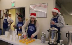 Key Club Shows Holiday Cheer